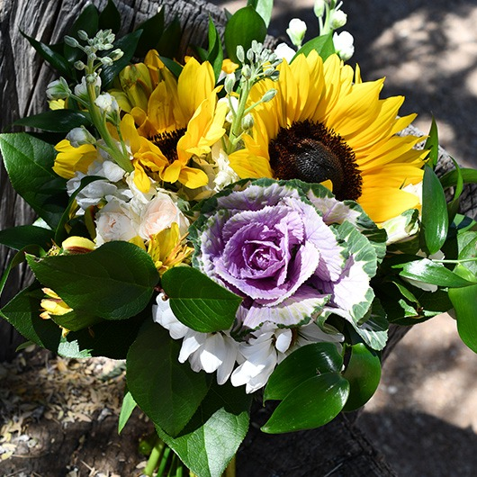 bridal bouquet for country wedding