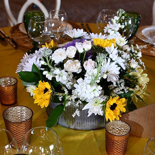 round tin for flower arrangements